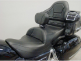 GOLDWING GL 1800 (2001-2017) - Ultimate MIDRIDER Honda Goldwing GL 1800 Motorcycle Seats