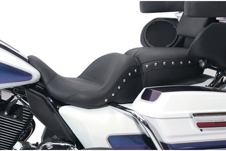 Mustang  One-Piece LowDown Seat<br>for '08-Up FLHR/FLHT/FLTR/FLHX<BR>-Vintage